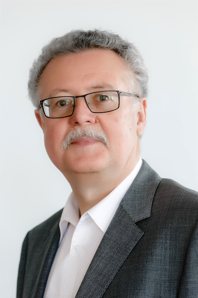 Dr. Guido Krupp, CEO